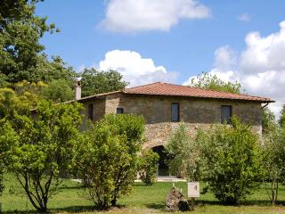 Spacious Farmhouse Barn with Fireplace and Central Heating - Sarteano vacation rentals