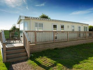 Nice 2 bedroom Caravan/mobile home in Lymington - Lymington vacation rentals