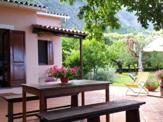Charming 2 bedroom Apartment in Maratea with Balcony - Maratea vacation rentals