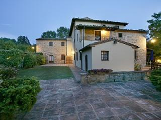 Beautiful House with Deck and Shared Outdoor Pool in Montaione - Montaione vacation rentals