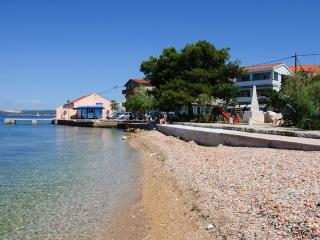 Sea front apartment Riva - Kali vacation rentals