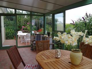 villa spacieuse bord de mer proche baie Douarnenez - Douarnenez vacation rentals