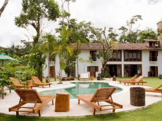 Estalagem Camburi | Charming and cozy Guesthouse | 10 Suites w/ air-conditioning - Camburi vacation rentals