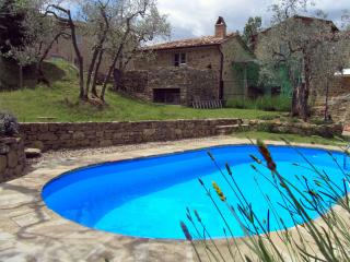 Tuscany: Perfect for Two, with Private Pool and Gardens - Castiglion Fiorentino vacation rentals