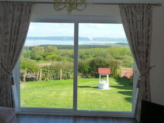 2 bedroom Cottage with Internet Access in Llanmadoc - Llanmadoc vacation rentals