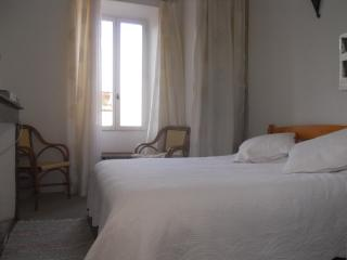 Beautiful B&B with Internet Access and Short Breaks Allowed - Lagrasse vacation rentals