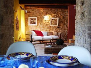 Casa al Castello - Campello sul Clitunno vacation rentals