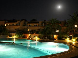 Beautiful 2 bedroom Condo in Playa d'en Bossa - Playa d'en Bossa vacation rentals