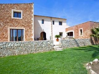 Noble Country Residence, pool - Porreres vacation rentals