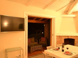 Tuscan coast A lovely house that accomodates 8 - Porto Santo Stefano vacation rentals