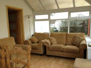 Comfortable 3 bedroom Portballintrae House with Clothes Dryer - Portballintrae vacation rentals