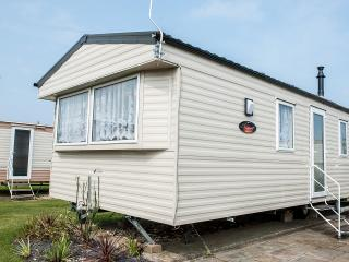 Homely Caravan (E31) - Heacham vacation rentals
