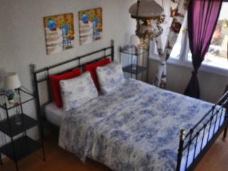 SPACIOUS 140M2 AKSARAY APART - Aksaray vacation rentals