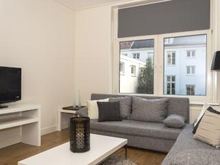 Beautiful Condo with Internet Access and Central Heating - Amsterdam vacation rentals