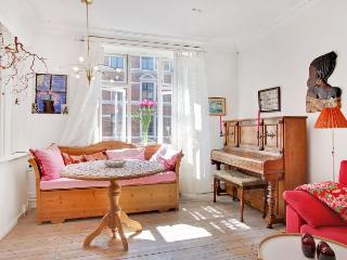 Charming Copenhagen apartment on quiet street - Copenhagen vacation rentals