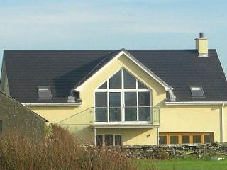 Spacious House with Internet Access and Satellite Or Cable TV - Tyrella vacation rentals