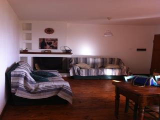 Nice 2 bedroom Apartment in Villanovaforru with Parking - Villanovaforru vacation rentals