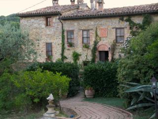 Il Casale del Ginepro - Migliano vacation rentals