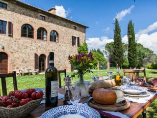 Comfort and style in the Siena counrtyside, - Montalcino vacation rentals