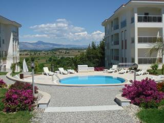 FOUR SEASONS E 7,  3 bed homes in a popular friendly community, sleeps 6 - Evrenseki vacation rentals