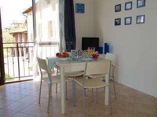 Romantic 1 bedroom Condo in Polpenazze del Garda with A/C - Polpenazze del Garda vacation rentals