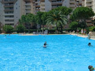 Cozy 3 bedroom Condo in Canet de Berenguer with Tennis Court - Canet de Berenguer vacation rentals