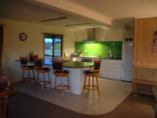 3 bedroom House with Dishwasher in Sheffield - Sheffield vacation rentals