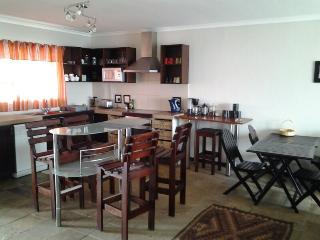 Nice Condo with Parking and Towels Provided - Swakopmund vacation rentals
