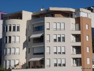 Villa Excelsio, LUXURY BEACH VILLA - Split vacation rentals