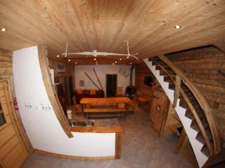 4 bedroom Ski chalet with Internet Access in Valloire - Valloire vacation rentals