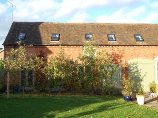 Coach House Barn, Defford - Defford vacation rentals