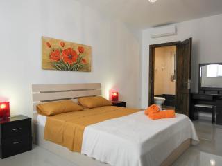 malta, apartament,balcony,beach,modern,mellieha, - Mellieha vacation rentals
