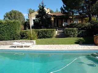 6 bedroom Villa in Corneilhan, Languedoc, France : ref 2000069 - Corneilhan vacation rentals