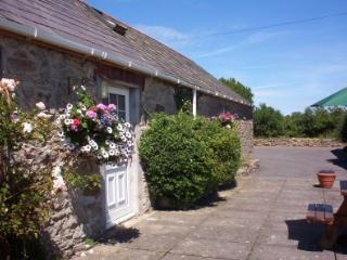 2 Glantraeth Farm Holiday Cottage - Malltraeth vacation rentals
