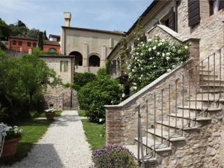 Romantic Condo with Internet Access and A/C - Arqua Petrarca vacation rentals