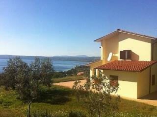 Bolsena - Villa with stunning view - Beach 2 min. - Bolsena vacation rentals