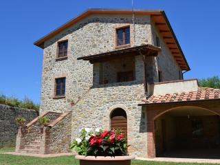 3 bedroom Farmhouse Barn with A/C in Fabro - Fabro vacation rentals