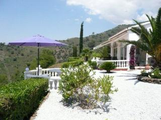 Nice 2 bedroom Arenas Villa with Internet Access - Arenas vacation rentals