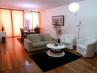 Cozy 2 bedroom Vacation Rental in Funchal - Funchal vacation rentals