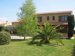 Villa Eleanor - Thuir vacation rentals