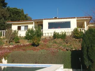 Villa Magnolia - Mafra vacation rentals