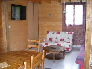 Nice Ski chalet with Central Heating and Parking - Fresse-sur-Moselle vacation rentals