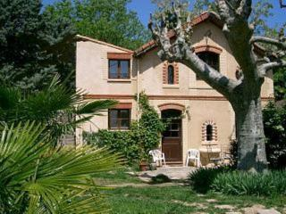 The Little House - Draguignan vacation rentals