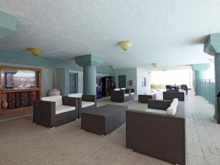 Ocean View Suite with Two Queen Beds - Hillsboro Beach vacation rentals