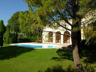 7 bedroom Villa in Caux, Languedoc, France : ref 2000075 - Caux vacation rentals