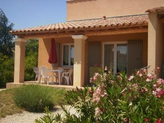 LOU CIGALOUN entre Orange et Avignon - Lirac vacation rentals