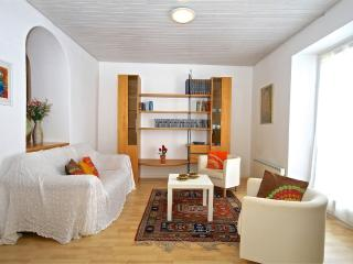 Beautiful 2 bedroom House in Minusio - Minusio vacation rentals