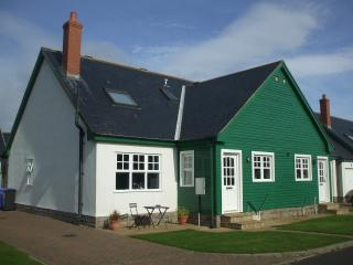 3 bedroom Cottage with Internet Access in Bamburgh - Bamburgh vacation rentals