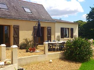 Cozy 2 bedroom Gite in Le Grand-Luce with Internet Access - Le Grand-Luce vacation rentals