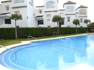 Ocean view, WiFi, TV-HD, Pool & Prk - Marbella vacation rentals